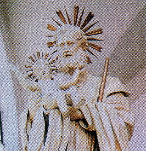 Ninni and mary 3 la statua di cartapesta pi alta del mondo for Statua piu alta del mondo