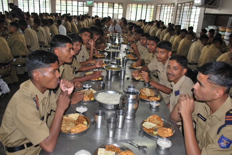 Cadets in the Mess -Hoysala Table