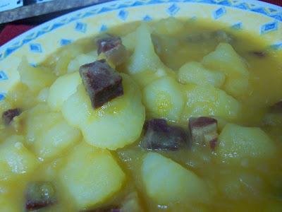 Guisado de patatas con taquitos de jamón GUISADO+DE+PATATAS+Y+JAM%C3%93N+2