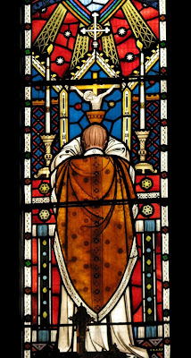 Holy+Mass_stained+glass1_Lawrence+OP.jpg (214×400)
