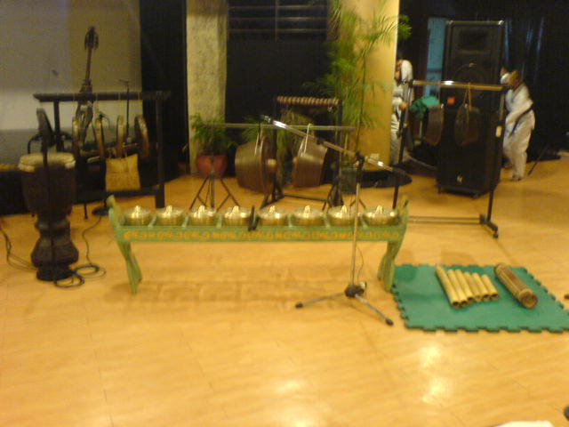 Philippine Ethnic Instruments http://anthonydio.blogspot.com/2010/07/my-filipino-ethnic-musical-instruments_24.html