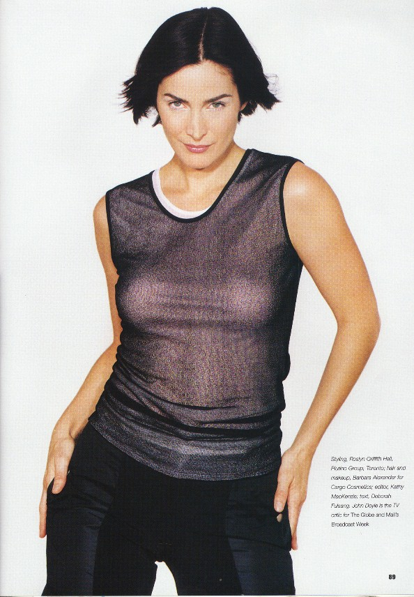 Carrie Anne Moss - Picture Gallery