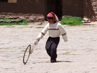 Taquile child playing