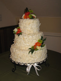 3-tier round coconut chips