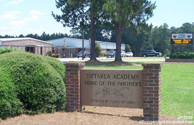 TIFTON GEORGIA Tift College Attorney Restaurant Bank Hospital Hotel ...