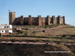 Castles of spain castle of encina 39 s ba os castillo de ba os de la encina jaen andalucia - Castillo de banos de la encina ...