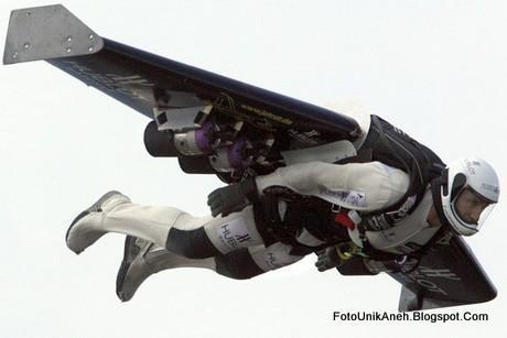 Si Manusia Jet