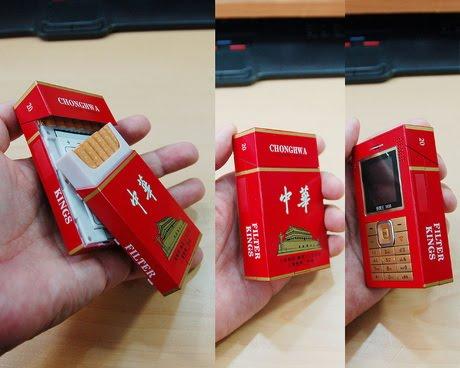 Ponsel Berbentuk Bungkus Rokok, Bagian Belakang Untuk Menaruh Beberapa Batang Rokok