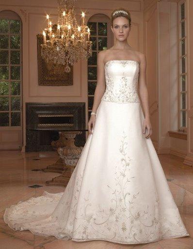 Parece um vestido de Princesa, lindo.