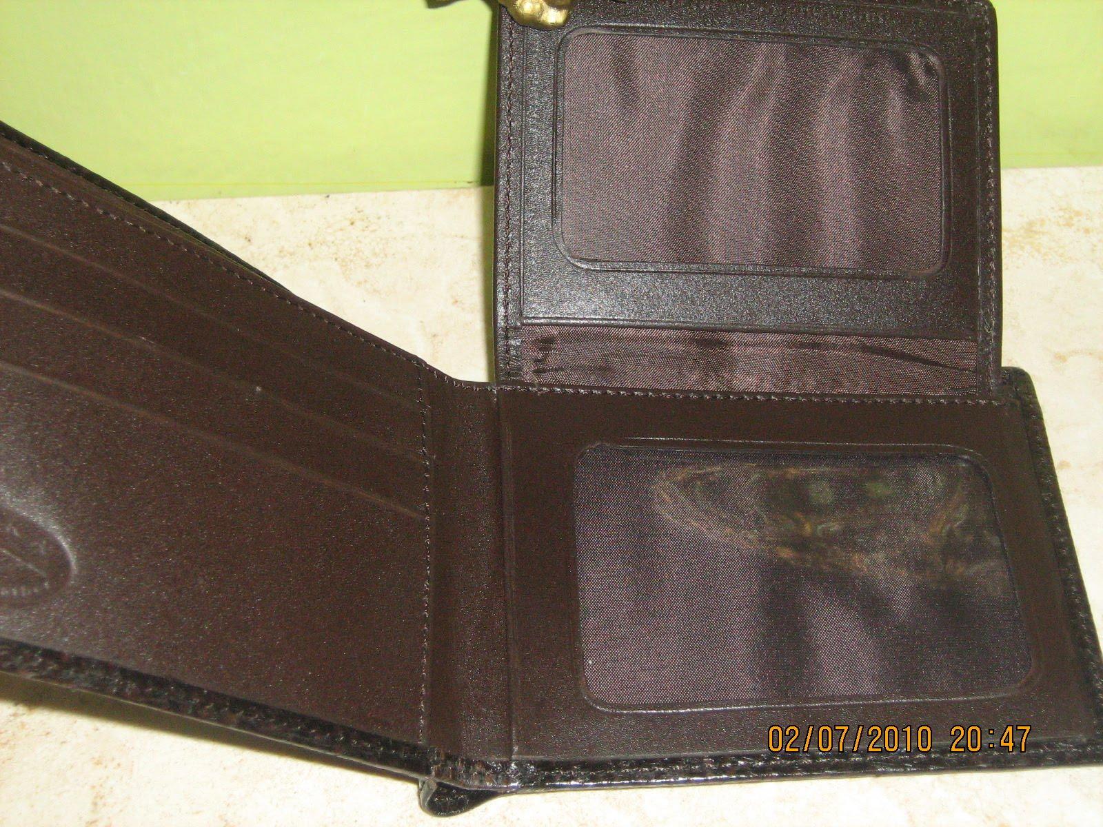 Billeteras en cuero de pescado hecho a mano color Marrón
