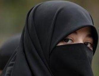GAUN AKAD / PENGANTIN MUSLIMAH | GALERI AYESHA - JUAL BAJU