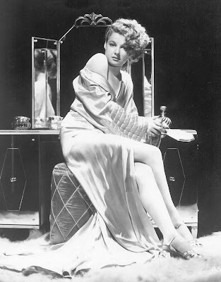Ann Sheridan, The Oomph Girl.