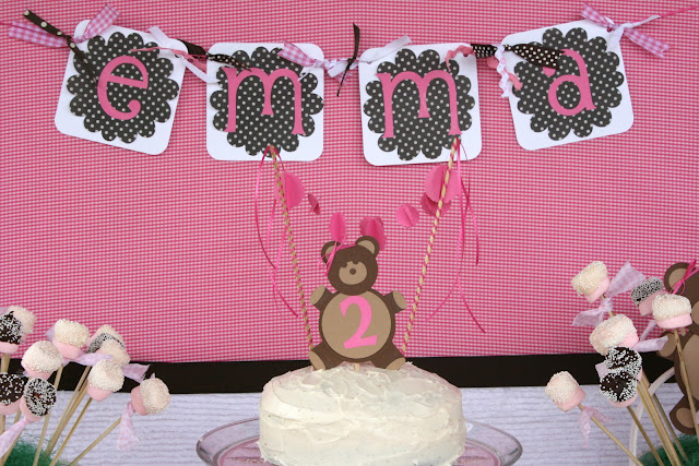 paper crafts for party decoration: cake bunting tutorial