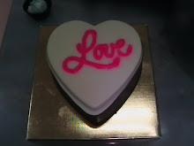 LOVE - CHOCOLATE BOX (RM10.00 tidak termasuk kotak)