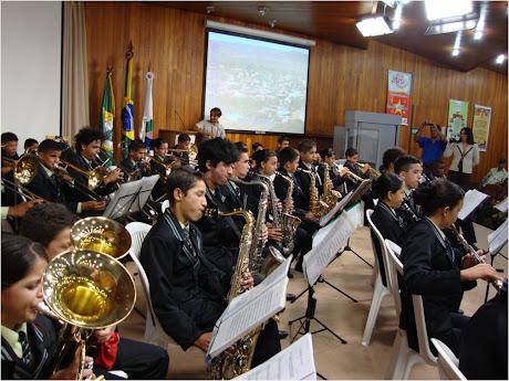 ORQUESTRA FILARMÔNICA ESTRELAS DA SERRA, NO CENTRO DE TREINAMENTO DO BNB EM FORTALEZA