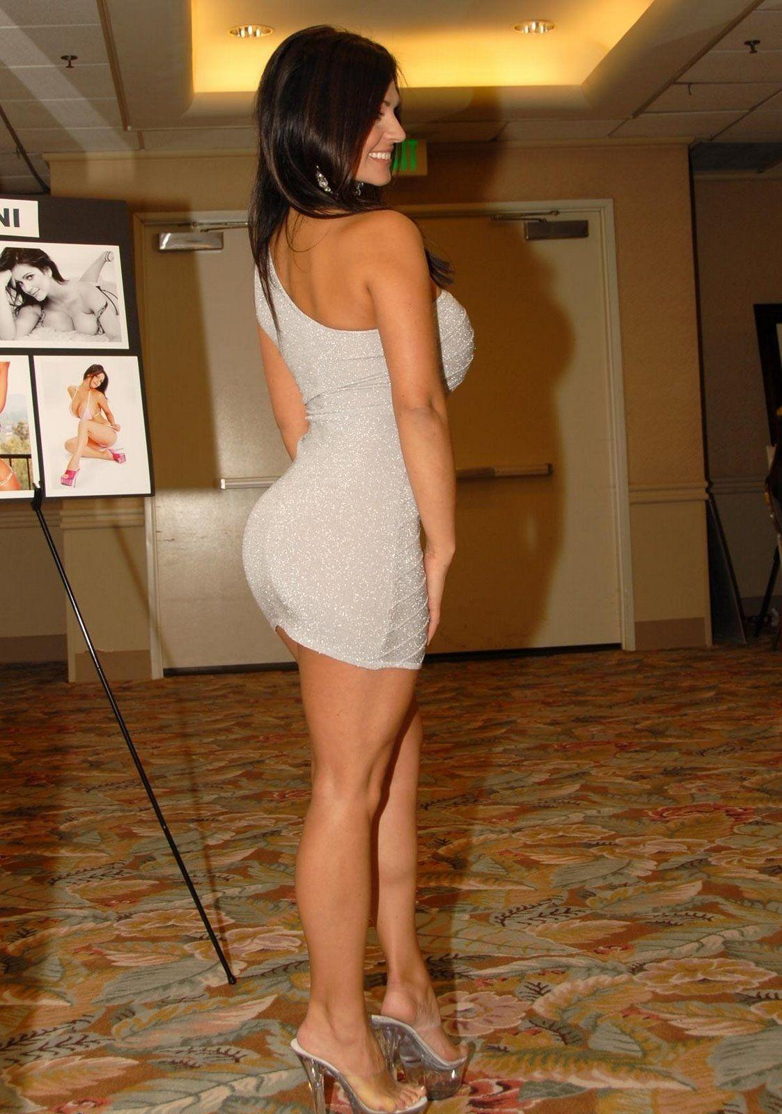 denise milani sexy miley cyrus naked topless 39 s blog. Black Bedroom Furniture Sets. Home Design Ideas