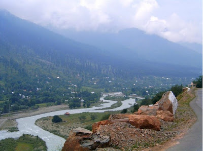 scenic way to Shiv Khori from Katra