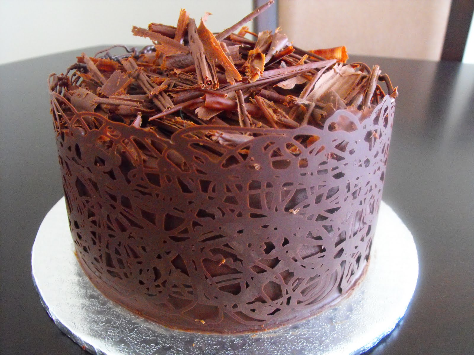 Cake Decoration Of Chocolate : A Little Taste of Heaven.....in a Cake: Chocolate Lattice Band