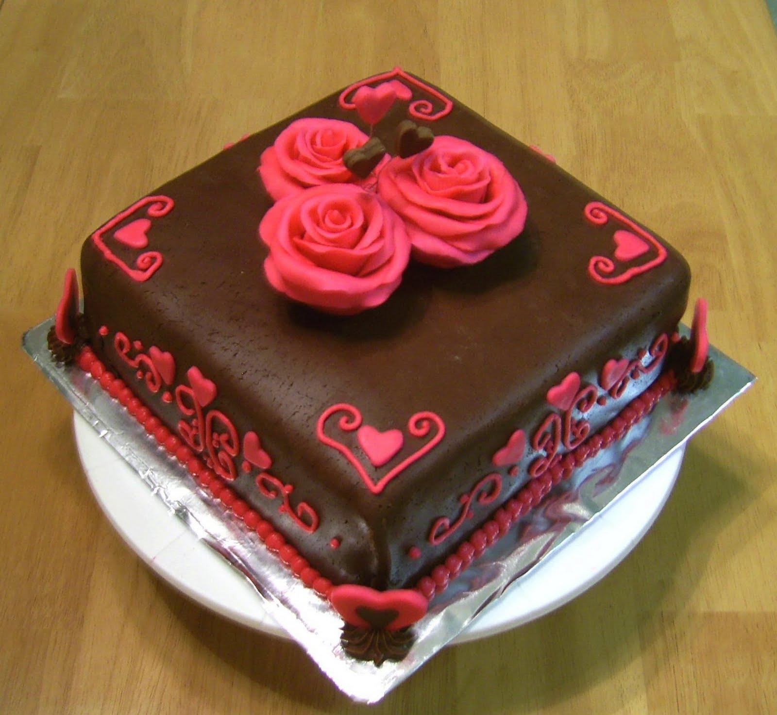 Valentine fondant cakes