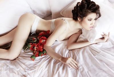 thu hang- vietnamese model latest photos