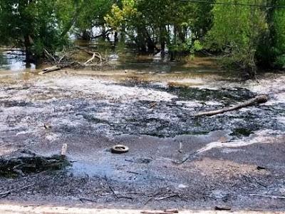 10 Sungai Paling Kotor Di Dunia [ www.BlogApaAja.com ]