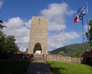 Il monumento alla sommità di SantAnna di Stazzema