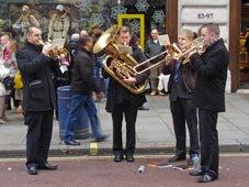 carollers in Regent Street