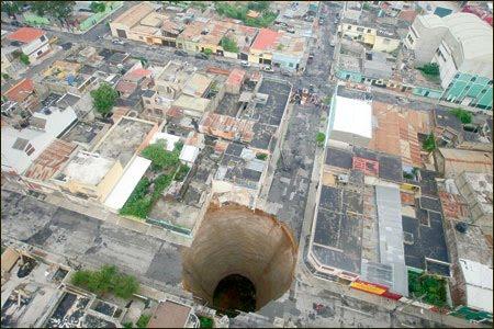 Extraños agujeros que aparecen por todo el mundo Nuevo+Agujero+en+Guatemala