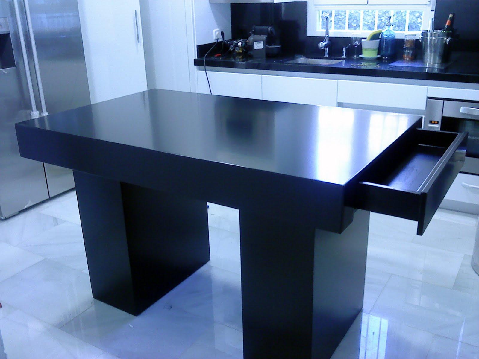 artesanos carpinteros mesa minimalista con cajon