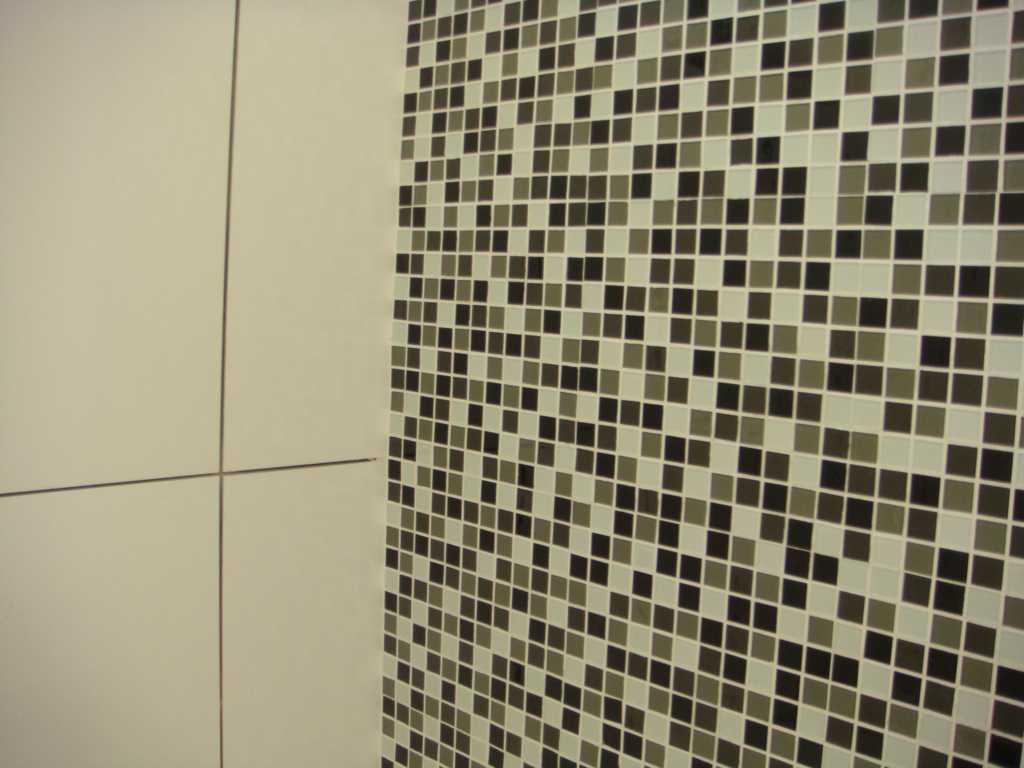 Imagens de #7B7550 Cozinhas Decoradas Com Pastilhas De Vidro Fotos Car Interior Design 1024x768 px 3676 Banheiros Revestidos Simples