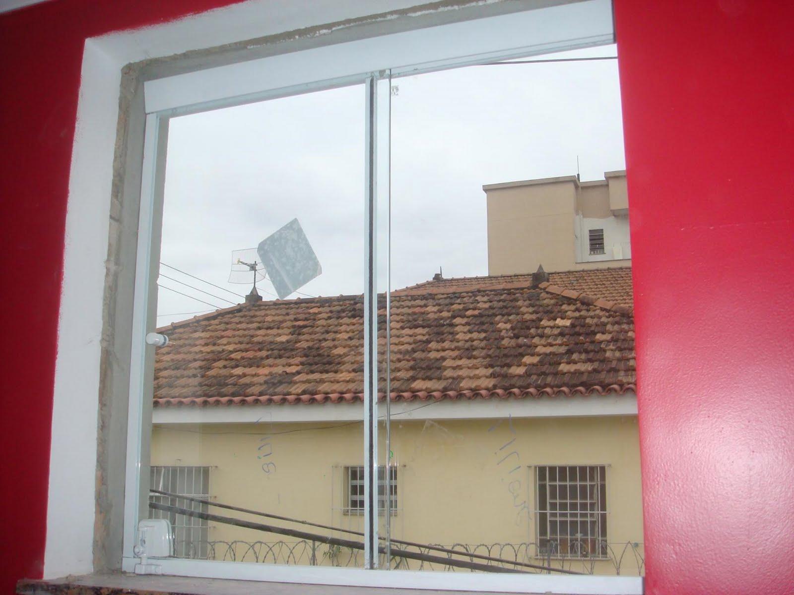 #AA2136  há tempos as super janelas de 2x1 5m da cozinha e área de serviço 220 Janelas De Vidro Para Cozinha