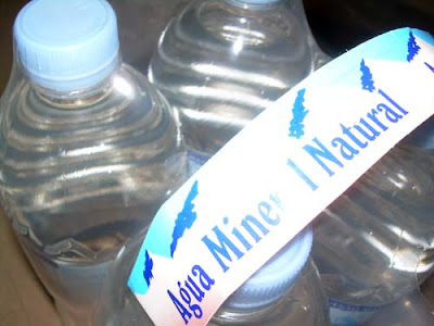 agua mineral natural FUENTELAJARA (ALDI)