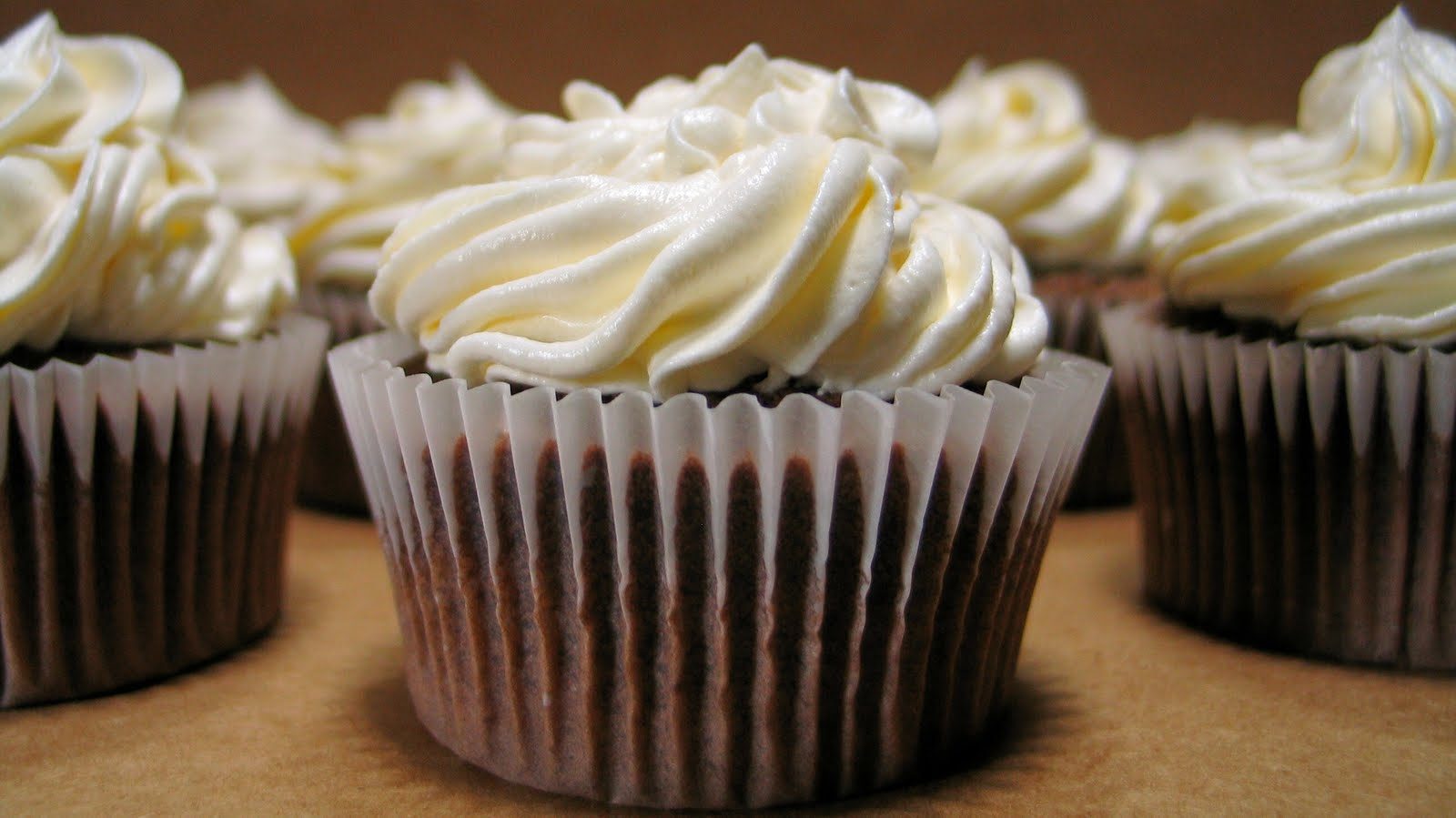 White Frosting Recipe For Cupcakes
