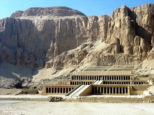external image 11+Hatshepsut+Deir+el+Bahri+Thebes.jpg