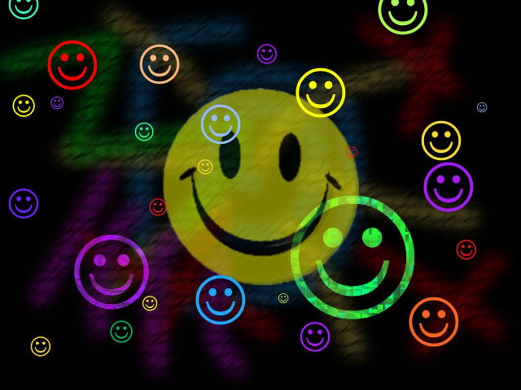 Smile Wallpaper by ~MisSToTi