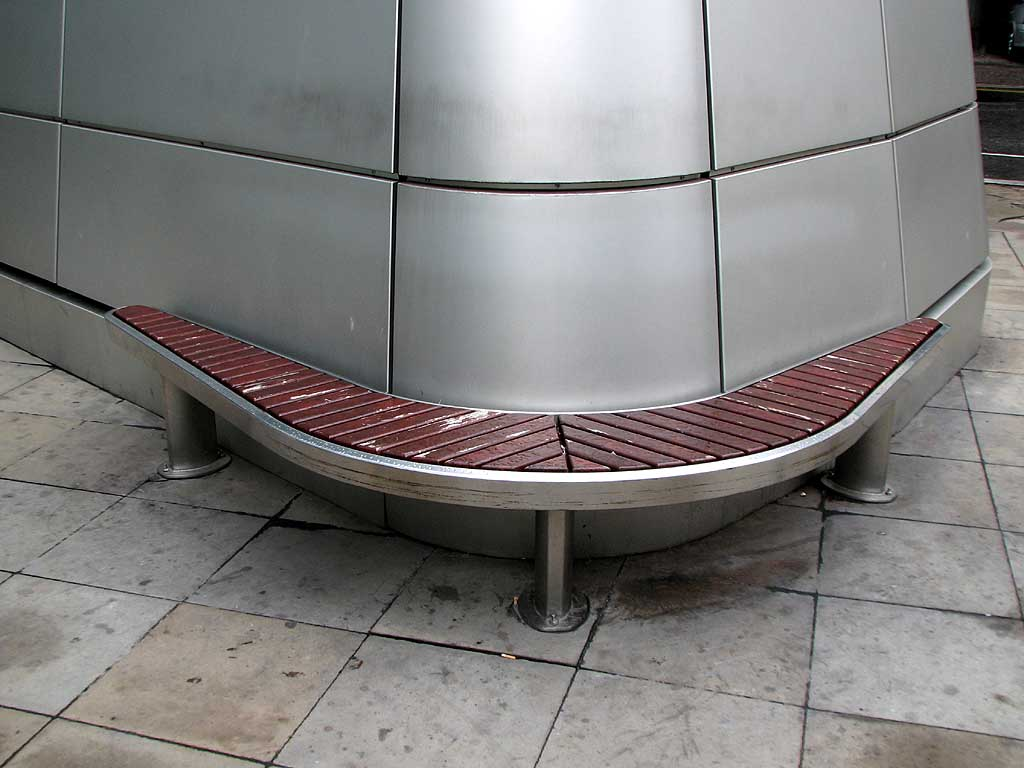 Costa Coffee bench, Ropemaker Street, City of London