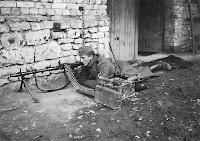 German machine-gunner