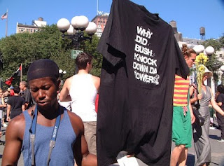 [ 9-11 Truther T-Shirt Vendor at 2004 RNC Convention in NYC