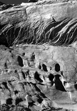Sandstone Veins and Pockets