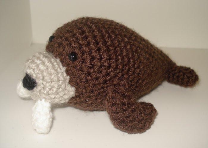 Amigurumi Walrus : Pieces of me: Little Amigurumi Walrus