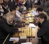 Mesas principal en la ronda 9 del I Open de Ajedrez Rápido de León: Bareev, Yussupow, Granda, Fridman, Agrest y Shirov