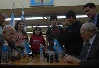 La partida de ajedrez bicentenaria Aaron Schwartzman vs Francisco Benko