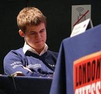 Magnus Carlsen campeón del Torneo Clásico de Ajedrez de Londres 2009