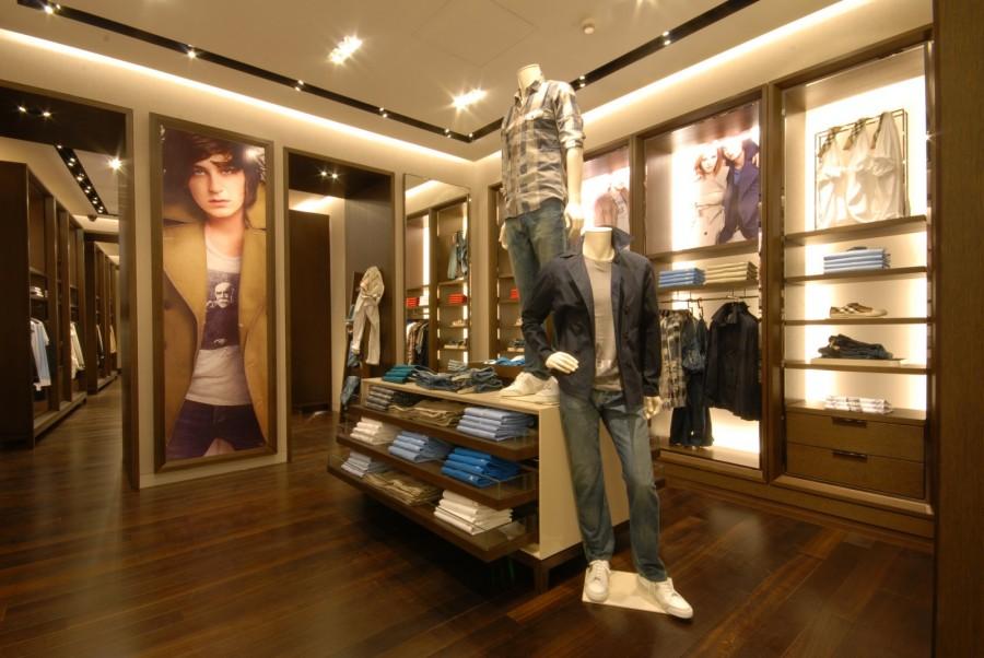 Burberry Brit Store A Milano : Burberry belgrade interior design