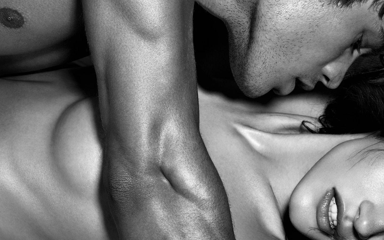 Sensous gay licking porn pics sexy clips