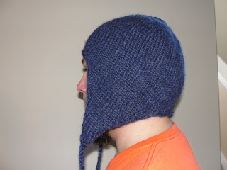 Easy Knitting Pattern Hat With Ear Flaps : Nurseyknitter: Wanted: Warm hat for bald head