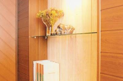 Paredes interiores revestidas con madera for Lamas vinilo pared