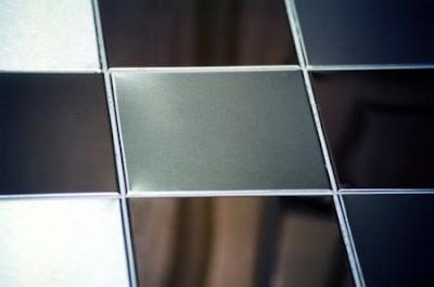 los distintos ambientes donde se protegen las paredes y suelos con azulejos o cermicos como baos o cocinas tambin pueden ser pintados con pinturas