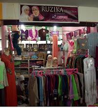 Ruzika Moslem Outlet Plaza Cibubur lt.3