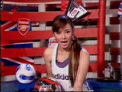 Terry Putri: football crazy